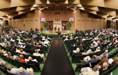 The Keeneland Sales Pavilion (photo via www.keeneland.com)