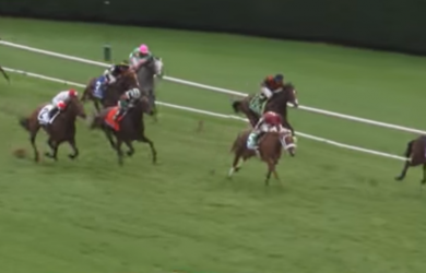 Mongolian Saturday holds on to win the 2015 Breeders' Cup Turf Sprint at Keeneland.