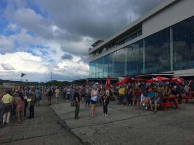 TDN-crowd_Eugene-McCormick_USRacing