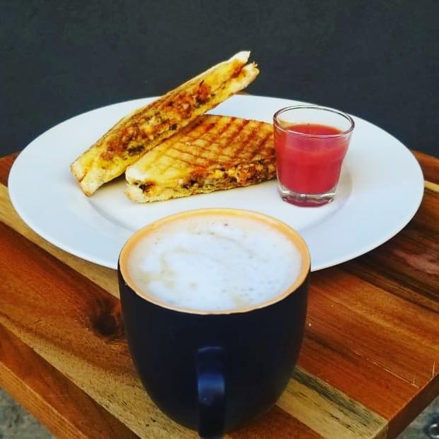 T's Café